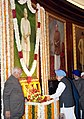 The Prime Minister, Dr. Manmohan Singh paying floral tribute to the former Prime Minister, Late Ch. Charan Singh on his 106th birth anniversary, at Parliament House, in New Delhi on December 23, 2008.jpg