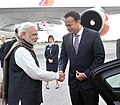 The Prime Minister, Shri Narendra Modi being received by the Health Minister of Ireland, Mr. Leo Varadkar, on his arrival at the Dublin airport, Ireland on September 23, 2015 (1).jpg