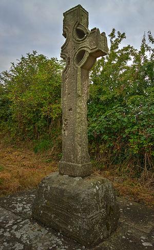 Castlekeeran - Image: The West Cross