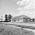 Title- (Missouri Pacific Railroad Station, Navasota, Texas) (18236691381).jpg