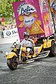 Tour de France 2009 - The Caravan 5.jpg