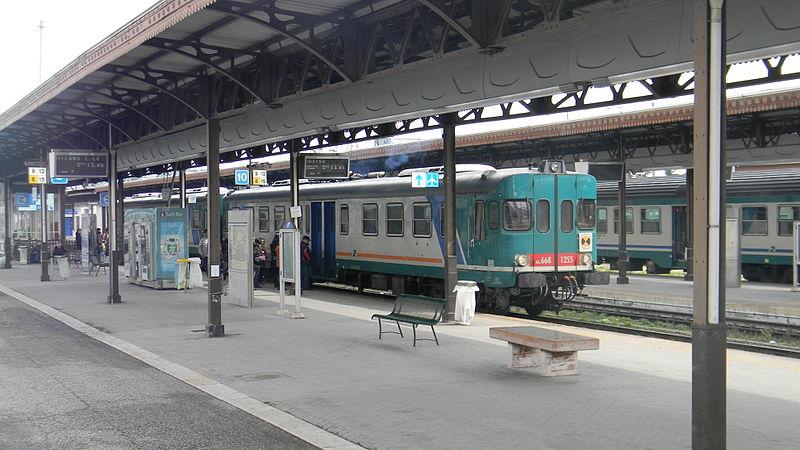 Abbigliamento di moda i vostri sogni verona stazione fs - Partenze treni verona porta nuova ...