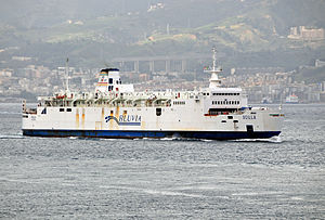 Train Ferry Scilla crossing the Strait of Messina - 20 Oct. 2010.jpg