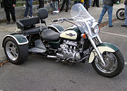 Honda marka 3 tekerli motosiklet