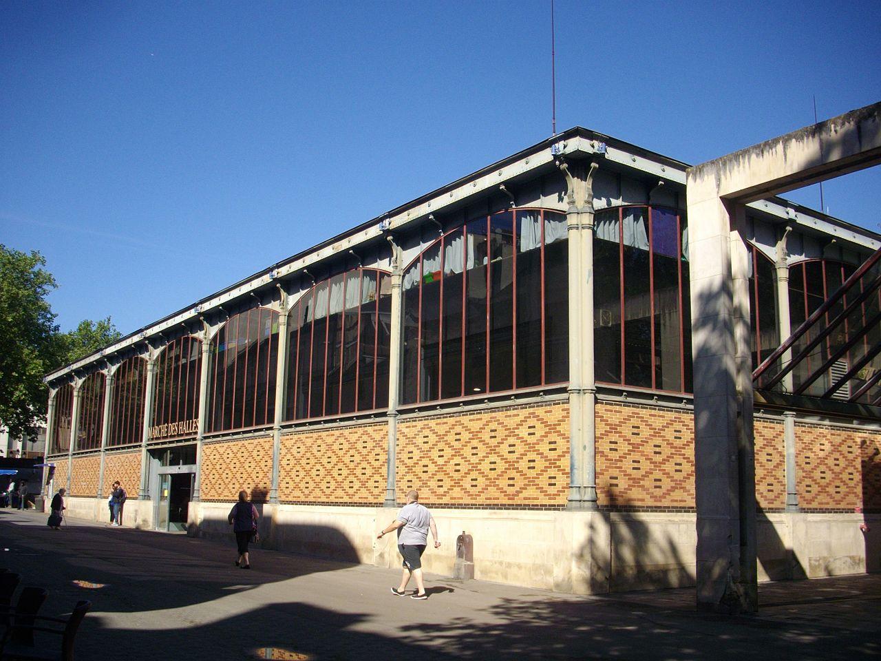 Troyes - marché des halles (01).jpg