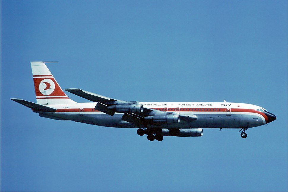 Turkish Airlines Boeing 707 at Zurich - April 1976