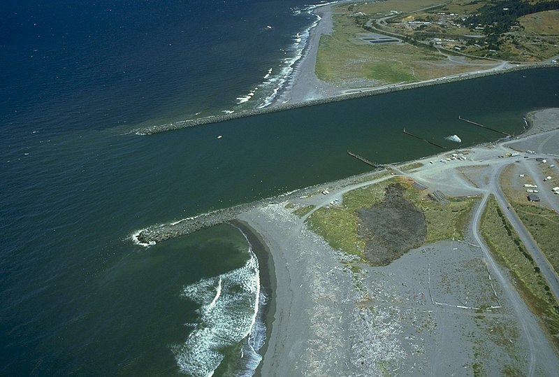 Fichier:USACE Rogue River jetties.jpg