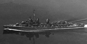 USS Gatling (DD-671) underway in 1943 (BuAer 81056).jpg