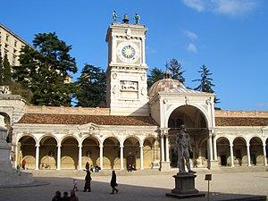 Piazza della Libertà (Udine) Eesti: Porticato ...