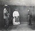 Une visite à la reine Mokwae-Mission du Zambèze (cropped).jpg