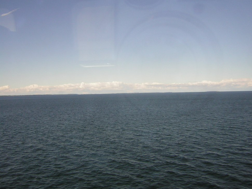 Unidentified spot in the Atlantic Ocean, with faith picture artifacts