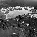 Unnamed peak near Chiginagak Volcano, mountain glacier with firn line, August 24, 1960 (GLACIERS 7068).jpg