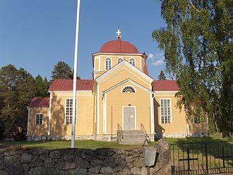 South Karelia - Image: Uukuniemen kirkko ulkoa