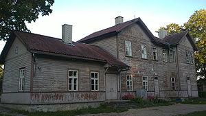 Võhma - Image: Võhma raudteejaama hoone 2