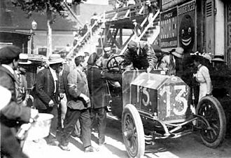 Victor Hémery - Victor Hémery at the 1911 Grand Prix de France