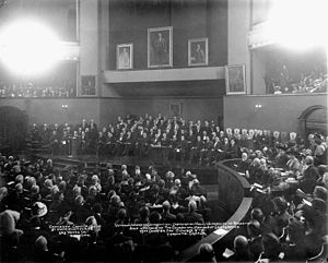 Victoria University convocation ceremony in 1911, by F.W. Micklethwaite