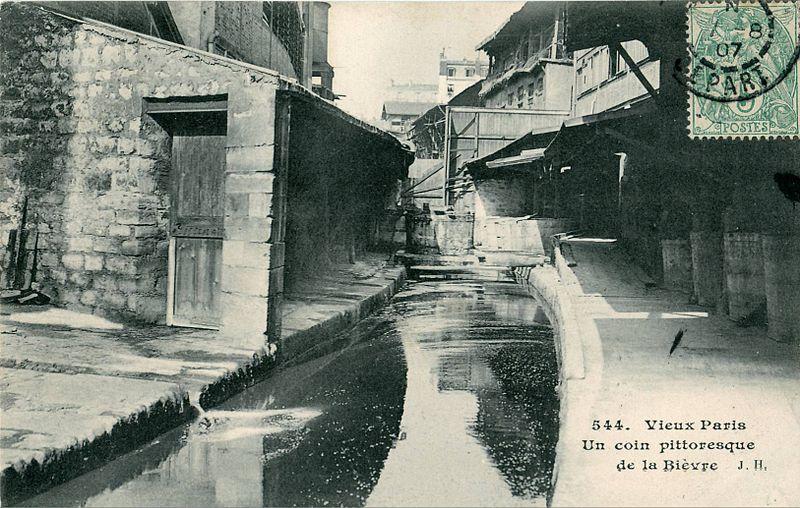 Fichier:Vieux PARIS - Un coin pittoresque de la Bièvre.JPG