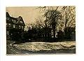 View across 113 Brattle to Longfellow House, 1900-1915 (90cab125-d059-41f9-88f2-3615c21486fc).jpg