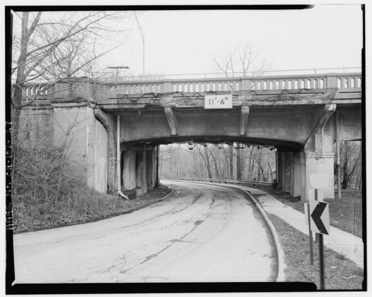 File:View of underpass under west approach, west abutment and pier 2 VIEW NORTHWEST - Ashtabula Viaduct, Spanning Ashtabula River at U.S. Route 20 (Prospect Road), Ashtabula, Ashtabula HAER OHIO,4-ASH,2-29.tif