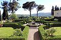Villa di bivigliano, parco 04.jpg