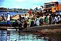 Voyageurs en partance pour l'ile de Jebale.jpg