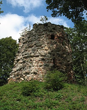 Behren-Lübchin - Bergfried in Wasdow