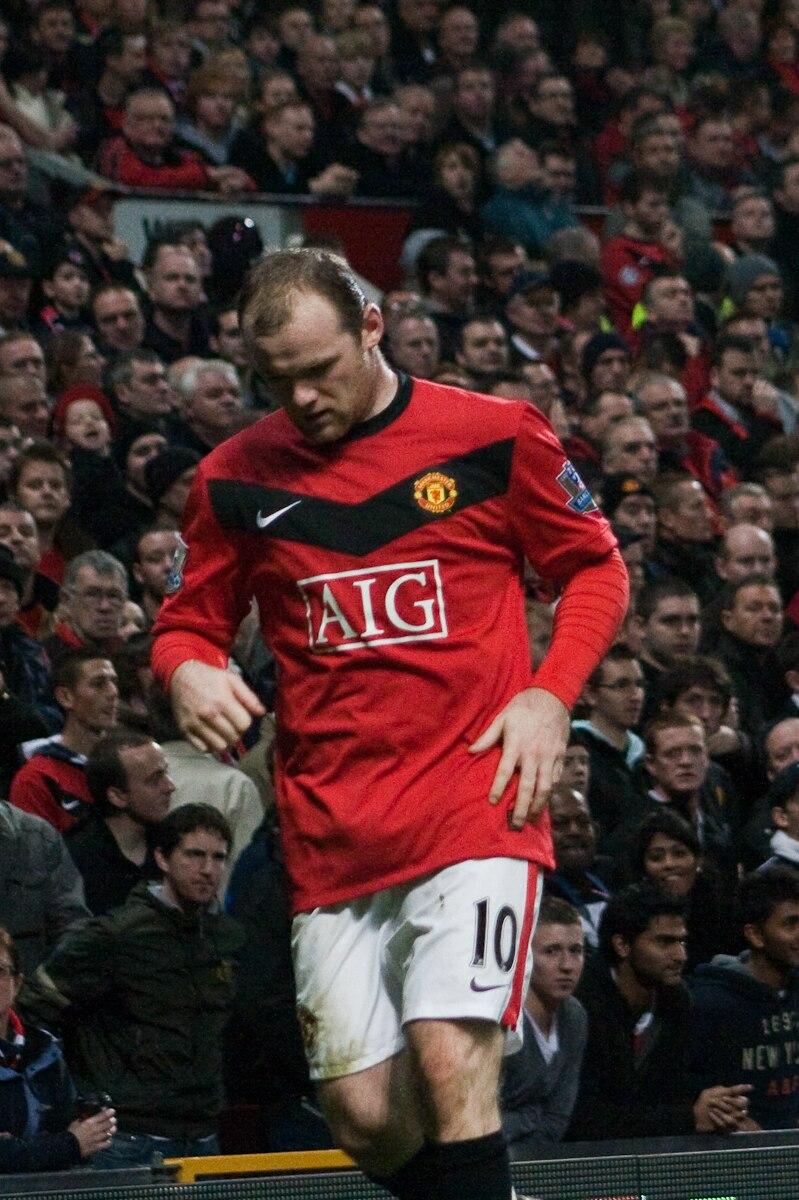 Wayne Rooney vs Everton 2009