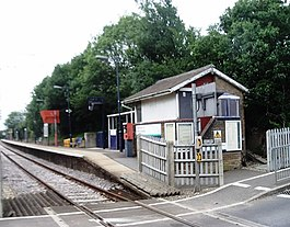 White Notley railway station in 2007.jpg