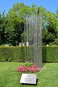 Wiener Zentralfriedhof - Gruppe 33 G - Grab von Hedy Lamarr.jpg
