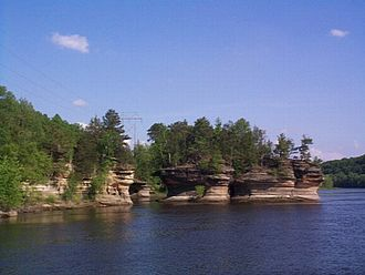 Glacial Lake Wisconsin - The Dells were carved by the torrent when Glacial Lake Wisconsin drained.