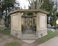 Wittgenstein family grave, Vienna.jpg
