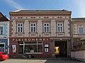 Wohn- und Geschäftshaus Rathausplatz 19 in Weitra.jpg
