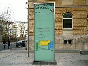 Wuppertal - Justizzentrum 01 ies.jpg