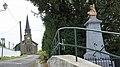 Église et monument aux morts 990.JPG