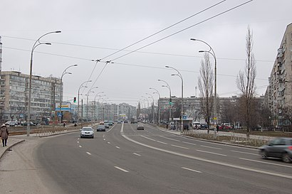 How to get to вулиця Маршала Малиновського 2 with public transit - About the place