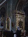 В середині собору.jpg