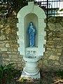 Костел. Статуя Богоматери над источником.JPG