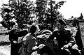 Писатель К.М. Симонов, артистка В.В.Серова и художница А.С.Вишневицкая на Ленинградском фронте, 1944 год.jpg