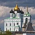 Собор Святой Троицы. Кремль Псков.jpg