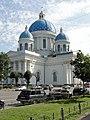 Троицкий собор со стороны Измайловского проспекта.jpg