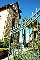 בית ויקטור כהן הנפלא בבת גלים - בניין אקלקטי עם גגות רעפים 04.jpg