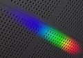 三角プリズムで分光した太陽光.jpg