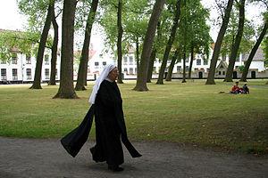 Ten Wijngaerde (Begijnhof Brugge) - Benedictine nun