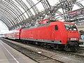 145 047-7 im Dresdner Hauptbahnhof.jpg