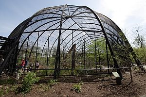 Forest Park (St. Louis) - The 1904 Flight Cage, an aviary in the St. Louis Zoo