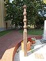 1956-os emlékmű, kopjafa (Szabics Ferenc), 2019 Szentes.jpg