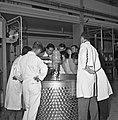 1966 visite de Mr Edgar Faure sénateur du Jura au CNRZ-8-cliche Jean Joseph Weber.jpg