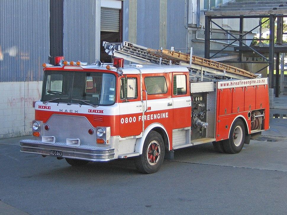 1982 Mack CF685FC - Flickr - 111 Emergency (2)