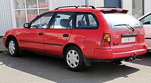 Toyota Corolla (E100) - Wikipedia
