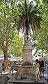 2011 Dubrownik, Fontanna na placu przed bramą Pile (02).jpg